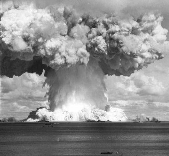 atomic-test-at-bikini-atoll-jennifer-anniston-fucking