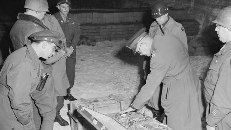 Золотые зубы Второй мировой войны: тайна богатств швейцарских банков.